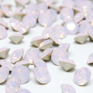 Rose Water Opal Chaton